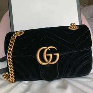 GUCCI MARMONT MINI IN BLACK VELVET!